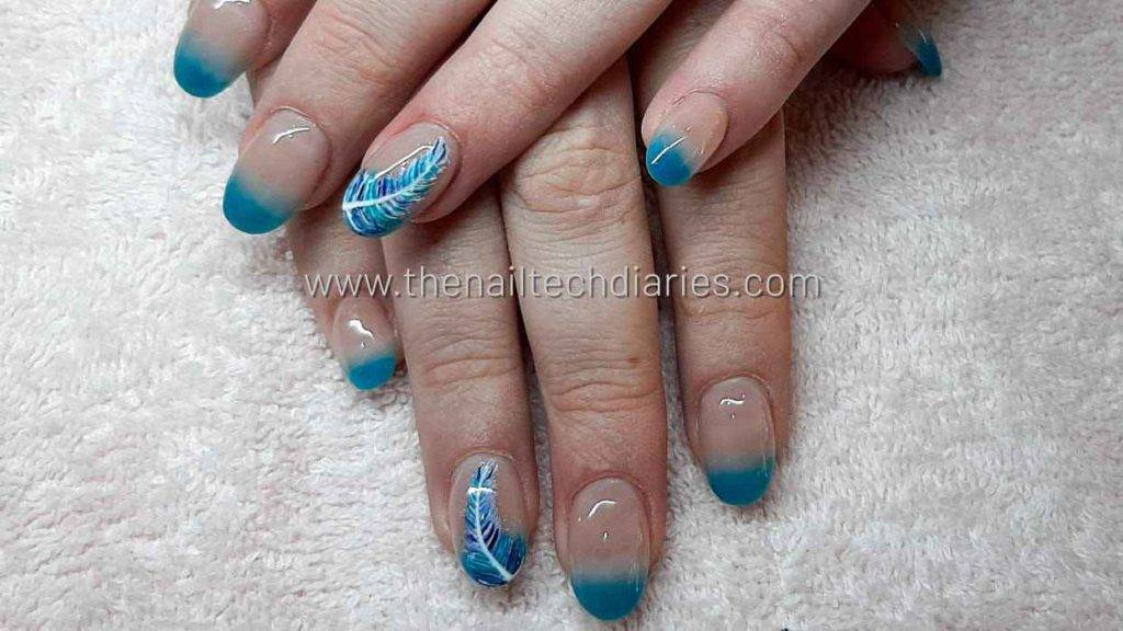 8. Feather nail art