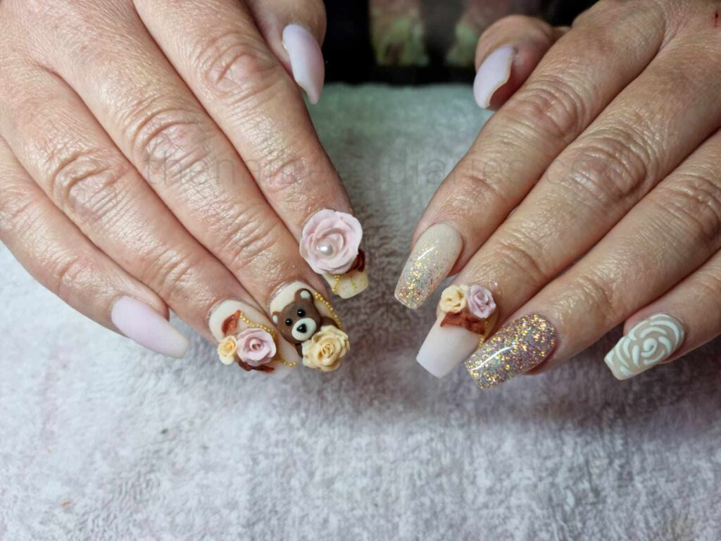 3D rose and teddy bear nails
