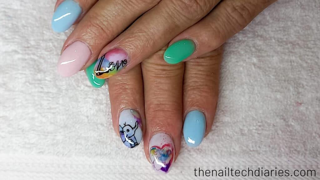 28. Watercolor nail art